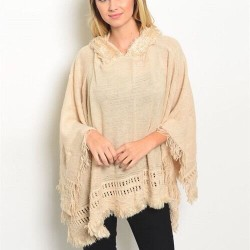 NEW HOODED PONCHO BEIGE FRINGE SNUGGLY SOFT PLUSH AROUND NECK ALL SEASONS BEACH